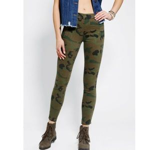 Urban Outfitters Silence + Noise Camo Skinny Pants